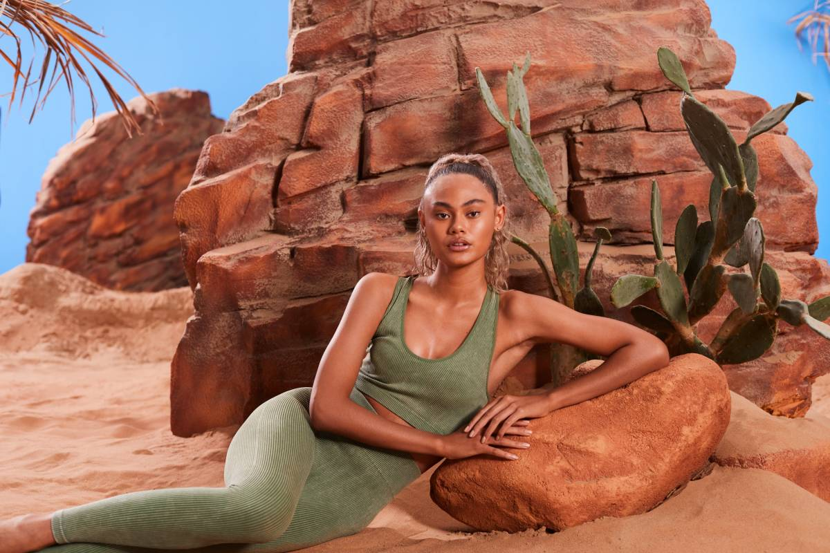 Vaughan Treyvellan Shoots Huda Kattans Latest Global Campaign for the Launch of Glowish